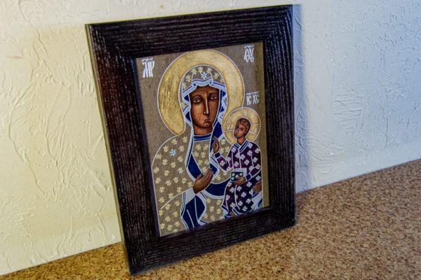 Икона Ченстоховской Божией Матери № 07 из мрамора, каталог икон, изображение, фото 2