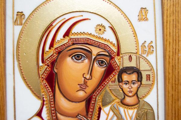 Икона Казанской Божией Матери № 45 подарочная из мрамора, изображение, фото 4