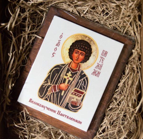 Сувенир Икона Святой Пантелеймон № 01 на мраморе, фото 1