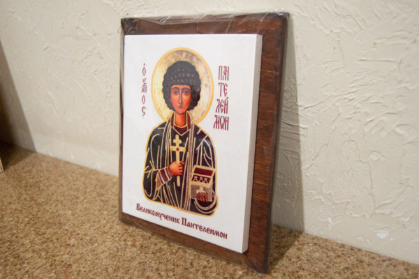 Сувенир Икона Святой Пантелеймон № 01 на мраморе, фото 3